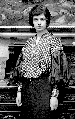 Katharina Mann in Munich in 1905-she later converted to Lutheranism