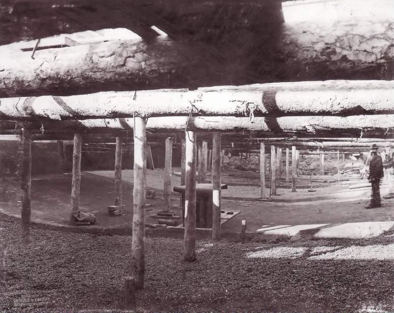 Excavated U-Bahn tunnel in Charlottenburg, 1902 (image through Siemens Archive).